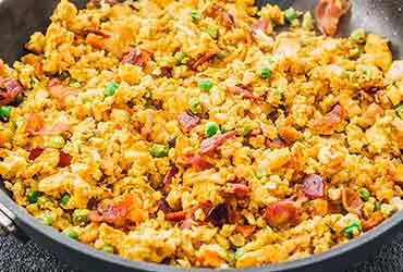 Delicious Low Carb Fried Cauliflower Rice with Bacon