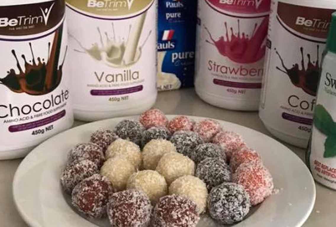 Raffaello Coconut Protein Balls for a Tasty Treat